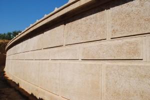Amphipolis tomb perimeter wall